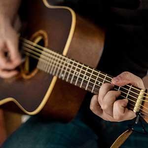 Cours de guitare acoustique jazz - les renversement d'accords - fabien degryse