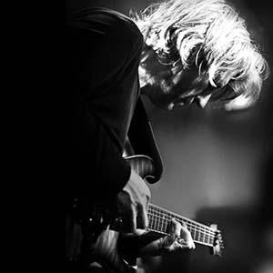 Le jeu modal à la guitare électrique - Yannick Robert