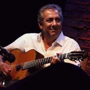 gypsy jazz guitar lessons with Romane