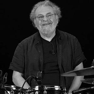 Ceccarelli muestra la Masterclass de batería para jazz
