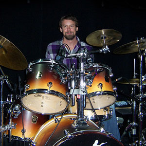 Take Drums Lessons for beginners with Ben Riley on imusic-school