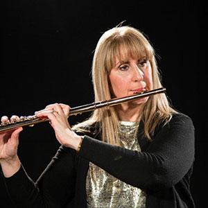 Beginning the flute with Lisa Maree Amos on imusic-school