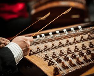 yangqin - chinese instrument