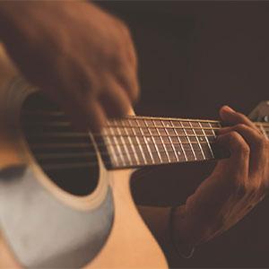 Cours de guitare acoustique debutant - les rythmiques de bases - Ruddy Meicher